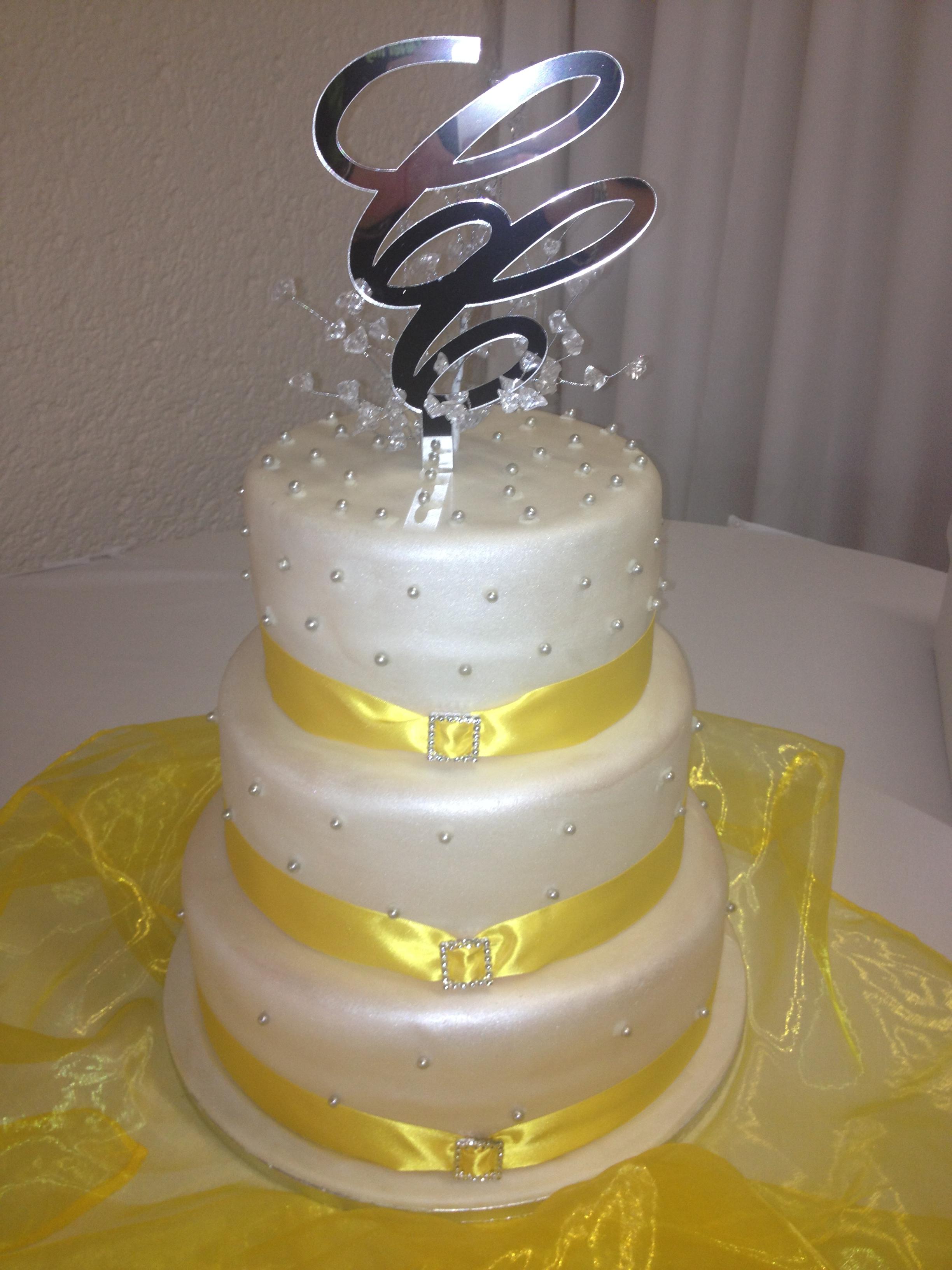 Weddings Wedding Traditional Cakes
